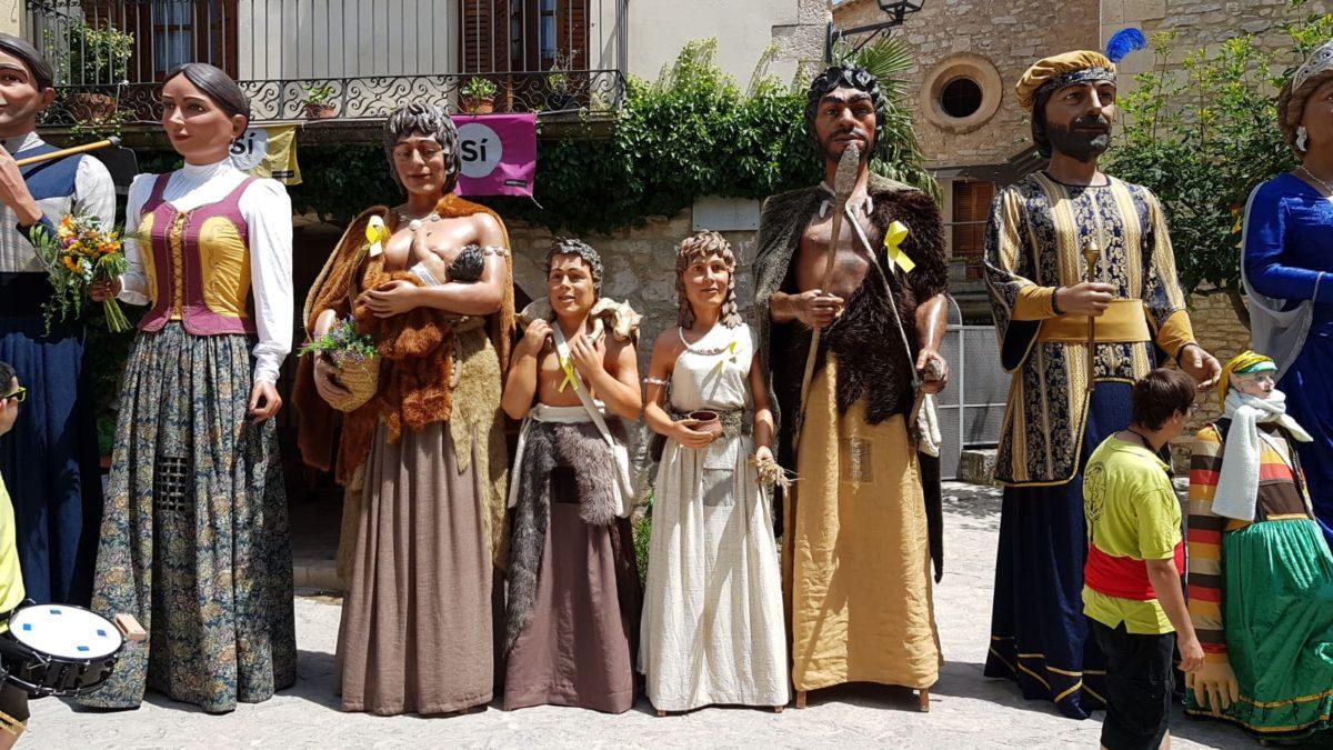 Actuació a la Trobada Gegantera a Ulldecona