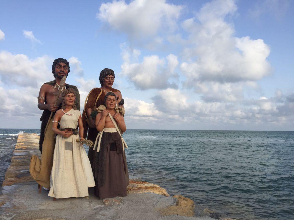 Els Gegants Neolítics de l'Espluga comencen al País Valencià la seva gira d'estiu