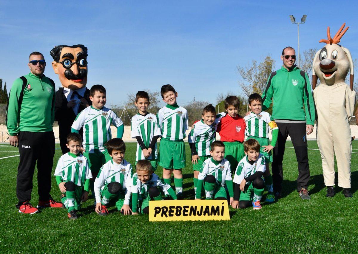 Els Nanos de l'Espluga participen a la inauguració del Camp de Futbol de gespa artificial
