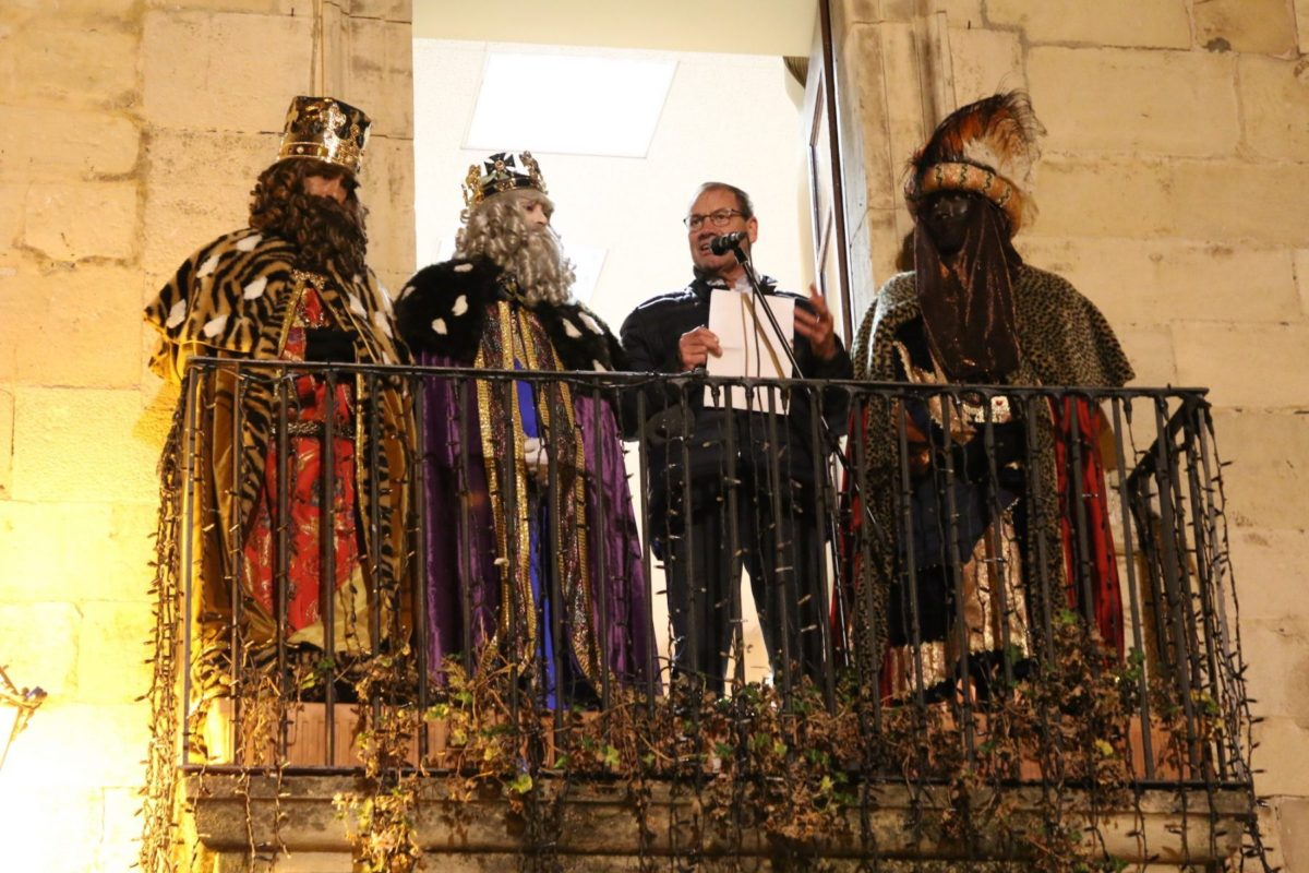 Actuació dels Grallers de l'Espluga a la Cavalcada de Reis