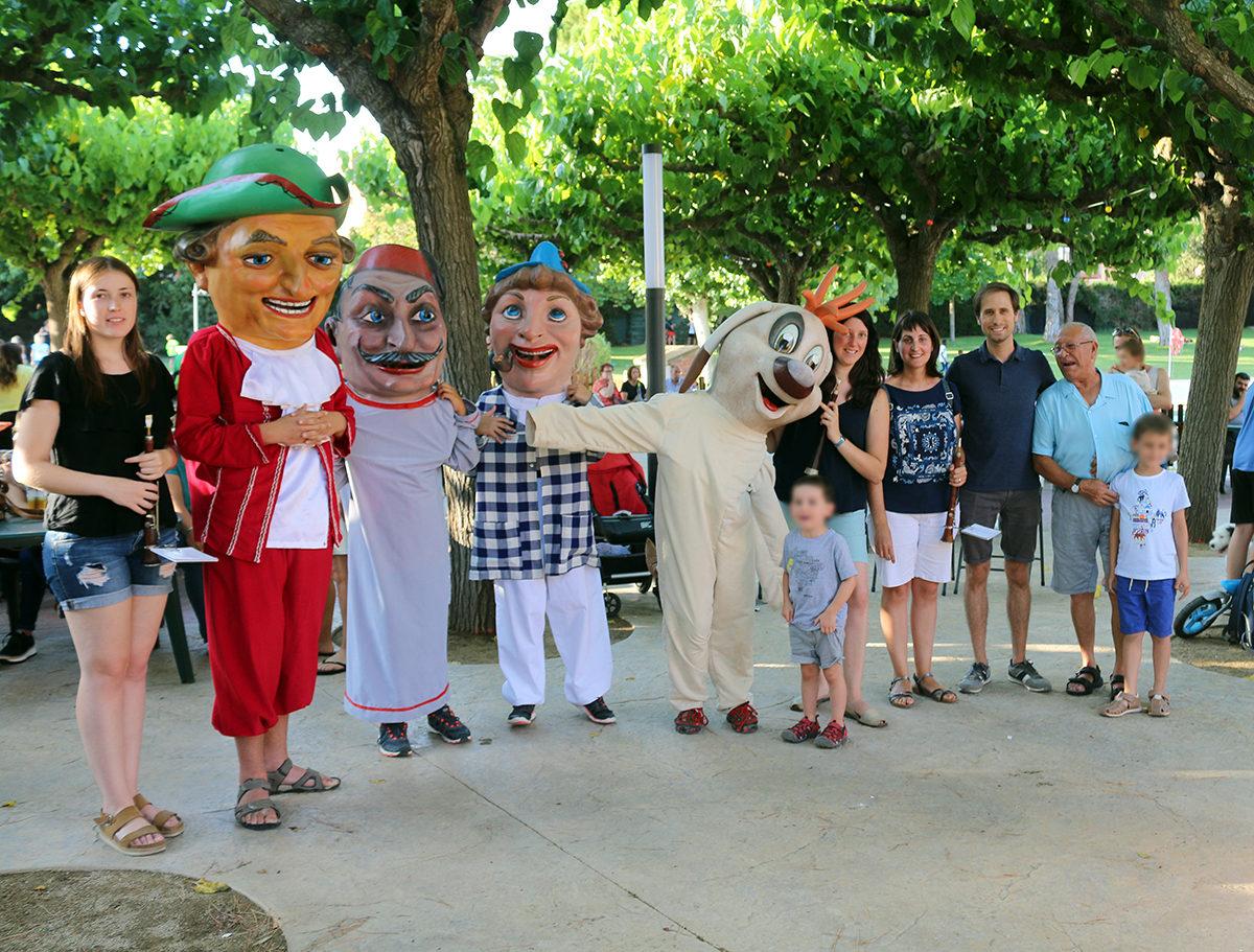 El grup de Nanos aconsegueix 4 noves persones portadores per la Festa Major