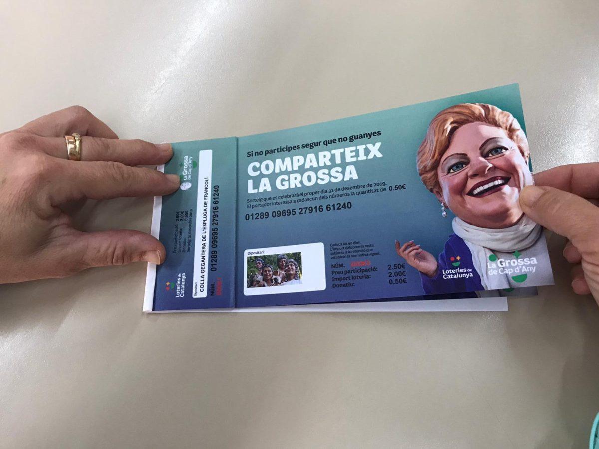 La Colla Gegantera posa a la venda per primer cop loteria de Cap d'Any
