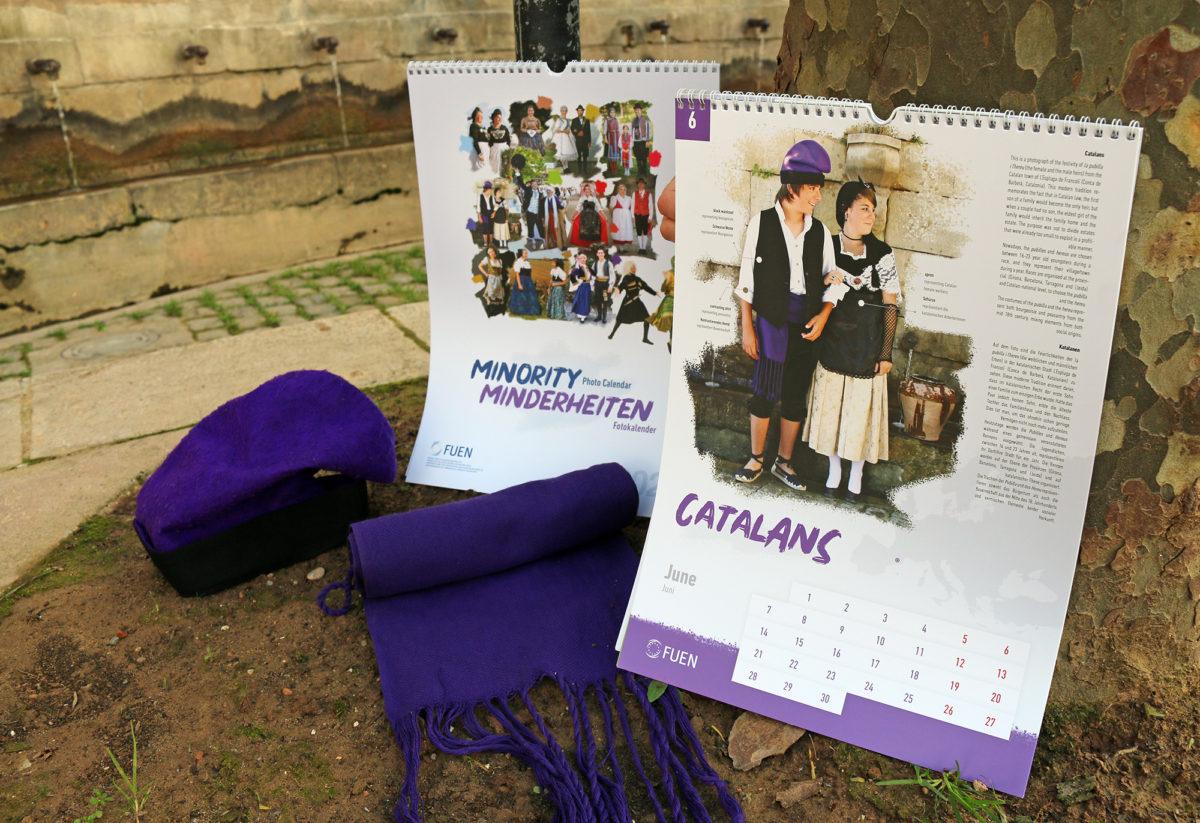 Les pubilles i hereus de l'Espluga representen Catalunya al calendari de les minories culturals d'Europa