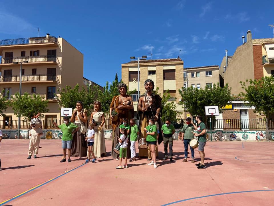 Tallers i mostra de gegants i nans a les escoles de l'Espluga